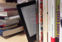 Book or eBook? Even the younger readers prefer hard covers (Foto: ActuaLitté)