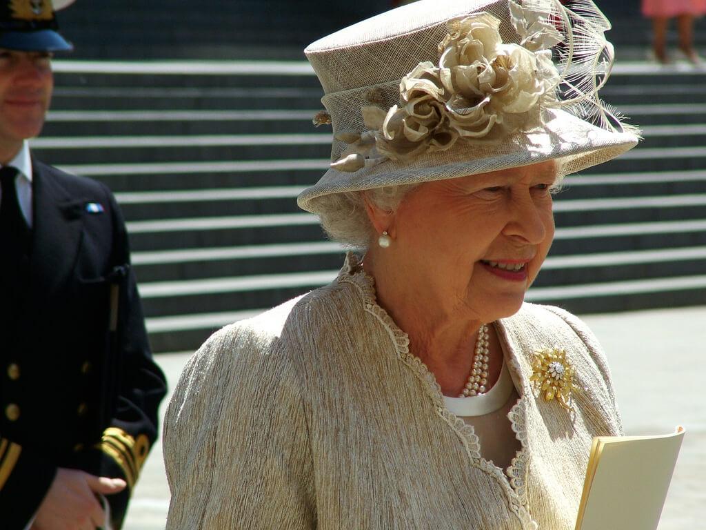 Königin Elizabeth II. verdient kräftig am Immobilien-Boom