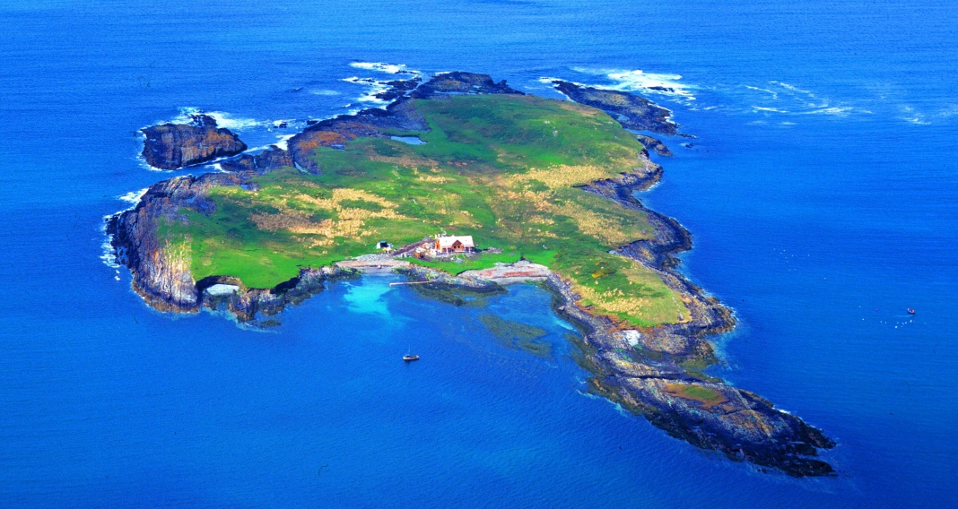 Crebarrin Island, Irland, VLADI PRIVATE ISLANDS