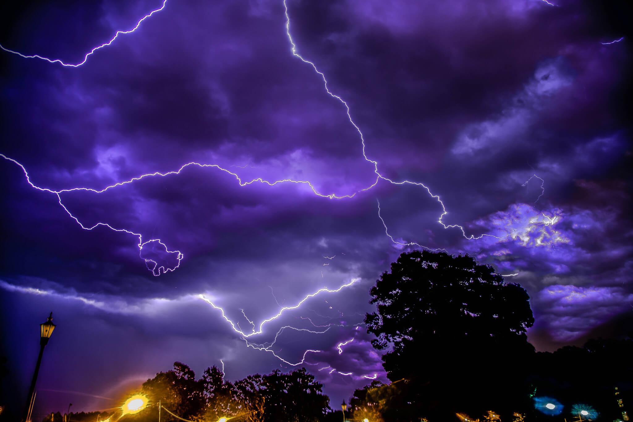 Gefahr Gewitter Wie man den Tod durch Blitz vermeidet