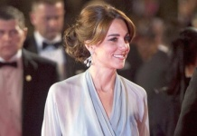 Bei 007-Premiere: Herzogin Kate stiehlt Bond-Girls die Show