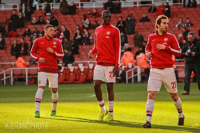 Mathieu Flamini (rechts), Mittelfeldspieler beim FC Arsenal London, hielt seine geniale Geschäftsidee vor seinen Kollegen geheim. (Foto:flickr/Kieran Clarke)