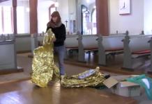 Putzfrau zerstört Ausstellung von Romana Menze-Kuhn in Mannheim. (Foto Screenshot)