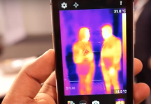 Vor dem neuen Caterpillar-Smarmphone CAT S60 kann sich niemand mehr im Dunkeln verstecken (Foto: Youtube)