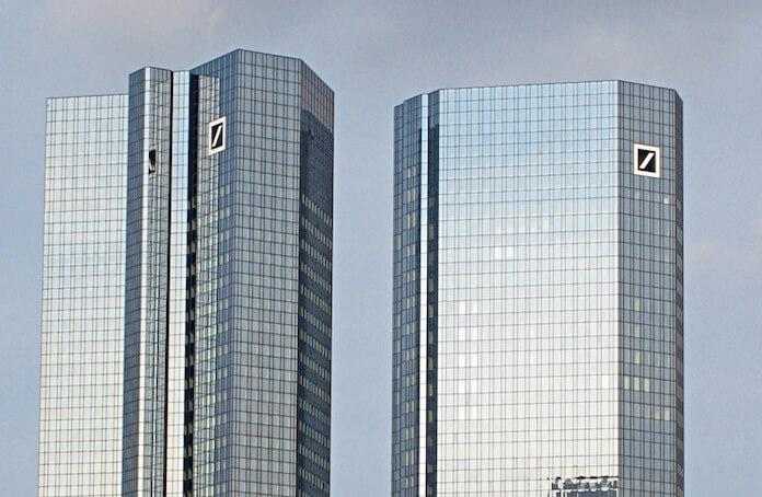 """Die Deutsche Bank hat in einem Gerichtsprozess eingestanden, Teil eines Banken-Kartell gewesen zu sein, dass die Preise von Gold und Silber über Jahre hinweg manipuliert hat. (Foto: flickr/<a href=""""https://www.flickr.com/photos/plassen/2237051109/in/photolist-4pFtmH-8yx5PL-a6A9HC-s5DK6a-deF51w-ehXZD4-9bBVg1-a6WBLt-8aQtdm-g8xTQz-6eNzJ9-6Zk3-p5ssdt-67xG8n-38uLKb-3DbyB-4ykXFm-a6WBxB-hKfr7K-2N1sSa-JGb3C-2LYkTn-2LYqLH-dv4giv-2M3TYN-iMCHbJ-9Ct1Gg-iMAK3e-5gt8nn-7yay9J-djvQ4m-7fK6oT-JGb3G-2LYfm8-71A5Ey-38qdQX-4a5Wg-8W3tnr-JGb3y-JGb3J-2M53ba-7AeBzU-mF3uLy-6d75M5-7yaxPh-e7dDr5-7V3XA-7XT2yT-eTjAp2-aBA6JJ"""" target=""""_blank"""">Pedro Plassen Lopes</a>)"""