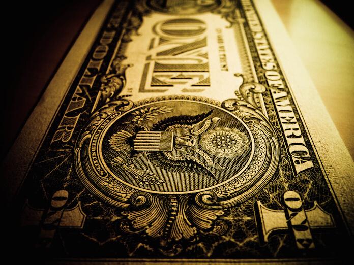 "Die US-Behörden schließen ein Steuerparadies nach dem anderen und treiben das Kapital so in den Dollar. (Foto: flickr/<a href=""https://www.flickr.com/photos/kjgarbutt/6407312465/in/photolist-aLc9Lz-a3218U-aFAtAX-9Vztxp-4DRfcu-GK4SR-pdpBA8-qvXTu2-9iPyKy-n7qrqG-68x5gQ-aFAqZ6-a2YaDD-KoZtS-aSRbK4-8E6w9H-aFDd9c-aFAzba-bbv8AK-oYnMVT-bbv7cM-4nSi2-qzguJ1-5itVmz-9VCot1-98nzJM-aoYkym-azMSVS-9VzCpn-9VzyV4-68vjKV-a4bsRP-aALUbP-avCdDc-bbv8aP-5RDVrK-3EieL2-a5WCVY-j5ns98-awPpoB-32PHEM-9WyKcd-avCe1r-61LYTT-bxDhoE-Ed22H-dPMRw8-o5xNrj-cEJbSo-eT3FQ3"" target=""_blank"">Kurtis Garbutt</a>)"