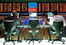 Die Großbank Credit Suisse arbeitet mit der US-Firma Palantir an einer Überwachungssoftware für Börsenhändler. (Foto: flickr/Rafael Matsunaga)