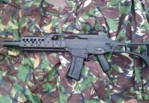 Die Waffenschmiede Heckler & Koch will die Ausfuhr ihrer Rüstungsgüter nach Saudi-Arabien per Gerichtsurteil erzwingen. (Foto: flickr/Keith Trivett)