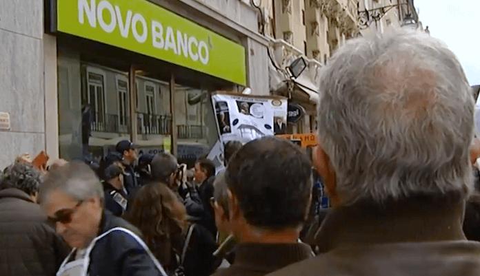 Portugals Banken brauchen unerwartet einen Bailout
