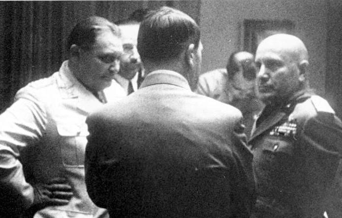 Görings Pistole Göring Hitler Mussolini