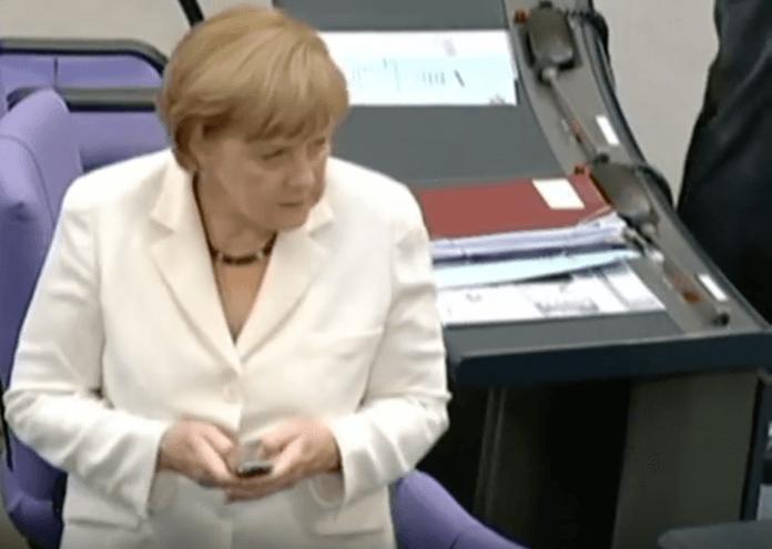 Drei Wochen lang konnten Hacker im vorigen Jahr alle E-Mails im Netz des Deutschen Bundestages mitlesen und den Verlauf stehlen (Foto: Youtube)