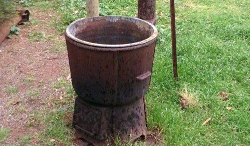 mit Holz betriebener Wassererhitzer von Bart D. Stromausfall