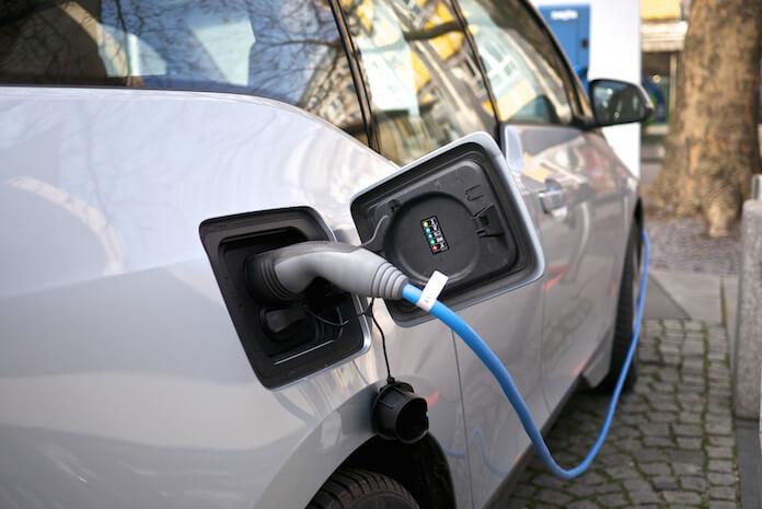 In Norwegen fahren 100.000 Elektroautos, in drei Jahren 400.000 (Foto: PROKārlis Dambrāns)