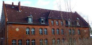 Wirtschaftsgebäude Marinelazarett Flensburg Marquardt Petersen Dolphin Trust GmbH