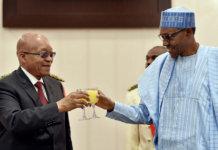 Korruption in Nigeria: Plötzlich taucht das Geld wieder auf. Hier: Präsident von Südafrika Jacob Zuma (links) und Präsident von Nigeria Muhammadu Buhari (rechts) (Foto: GovernmentZA)