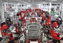 Können Roboter die demografischen Zeitbombe in Deutschland abwenden? Tesla macht es vor... (Foto: Steve Jurvetson)