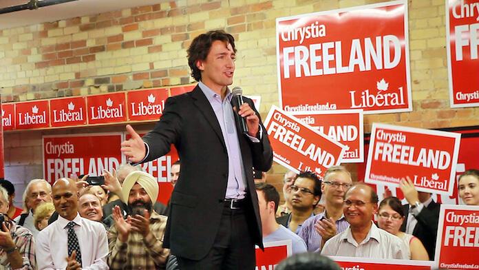 Kanada kann den Bedarf für Marihuana nicht decken. Hier: Justin Trudeau auf einer Kampagne mit Chrystia Freeland. (Foto:Joseph Morris)